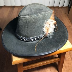 Head & Home grayish leather xl hat